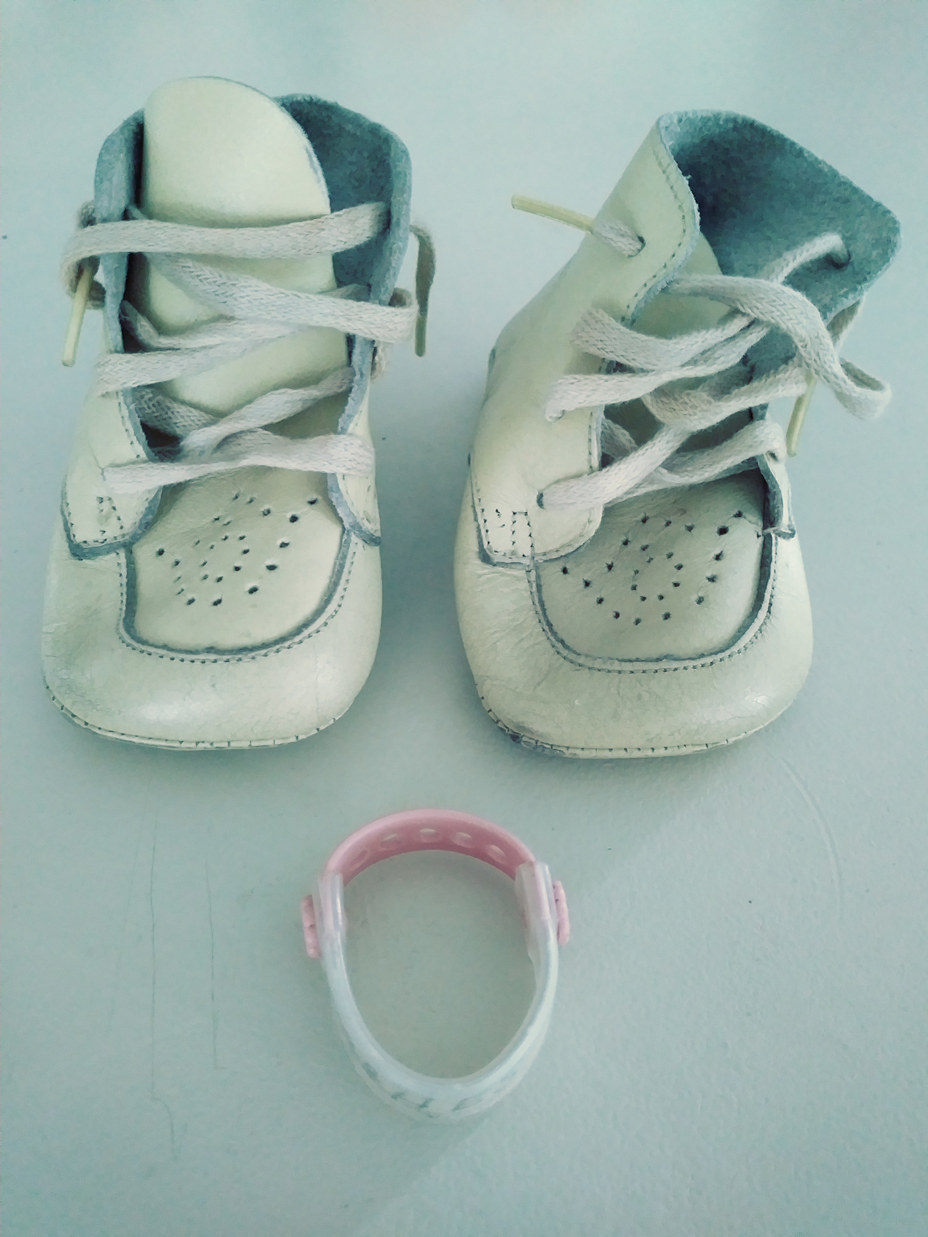 baby shoes & wrist band