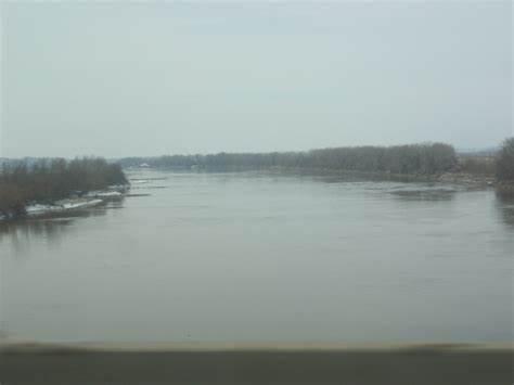 MO River