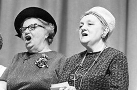 oldladys singing 2