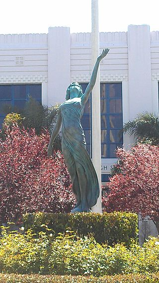 .myrna.loy.statue.venice.high.los.angeles